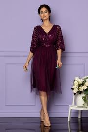 rochii de nunta pentru femei mai plinute